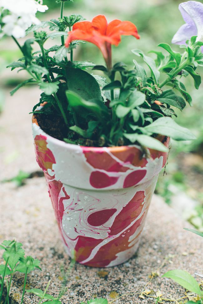 10+ Awesome Ideas to Decorate Flower Pots