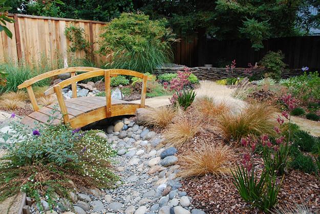 garden bridges 12