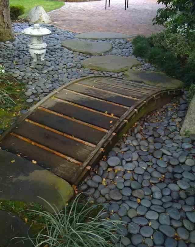 garden bridges 9