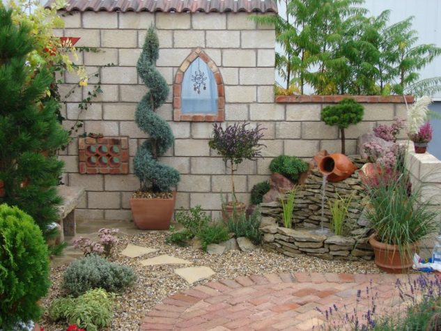 garden fountains and water ponds 1