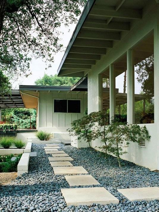 garden pathway 10