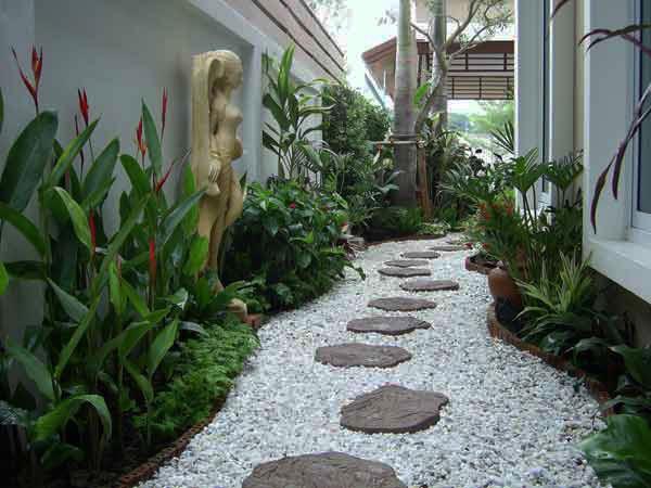 garden pathway 18
