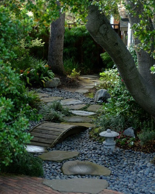 garden pathway 19