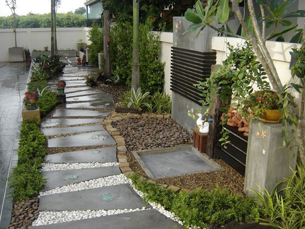 garden pathway 22