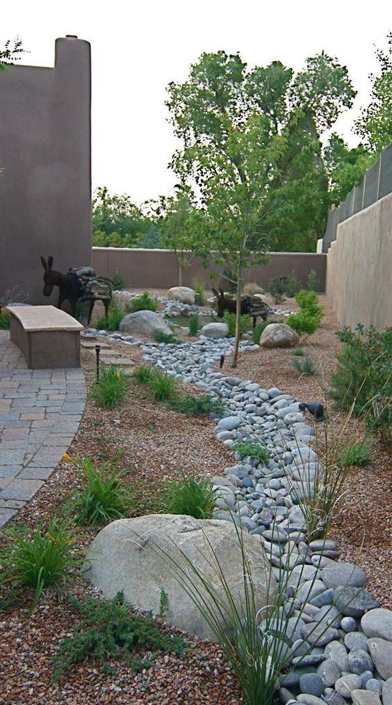 garden-pathways-ideas-21