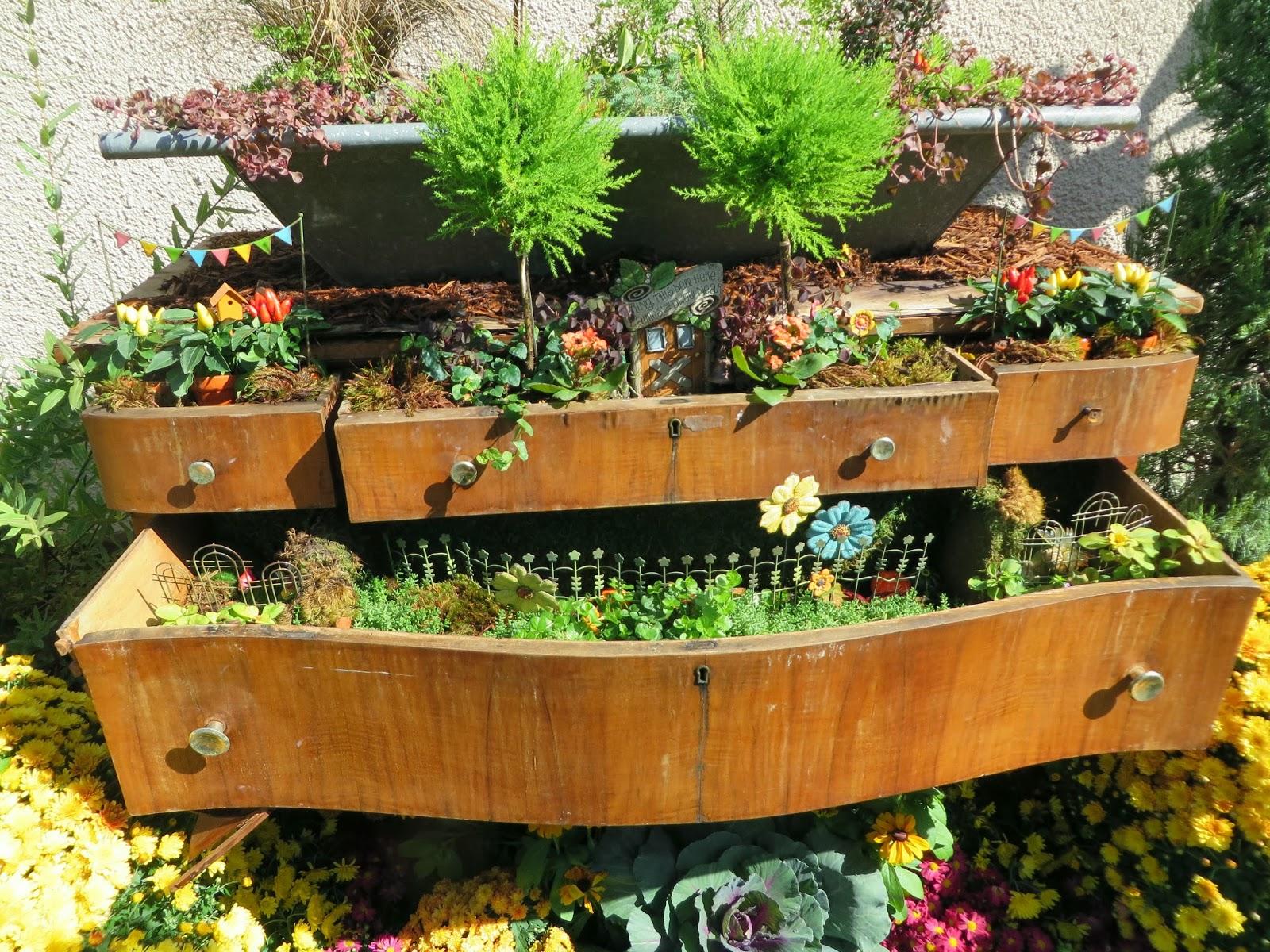 garden planter ideas 14