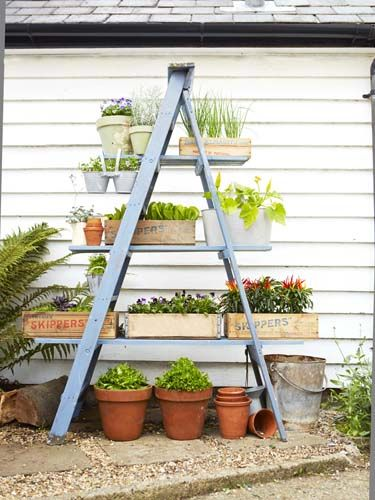 15+ Fascinating Garden Planter Ideas