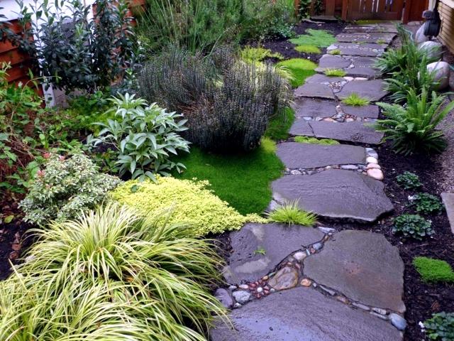 garden stones rocks 11