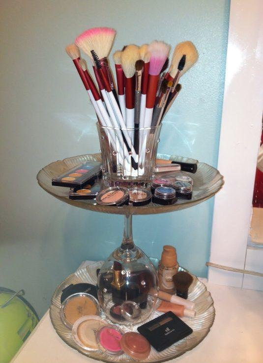 makeup-storage-ideas-9