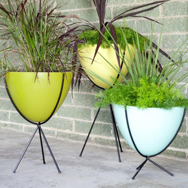 modern-planter-stands-15