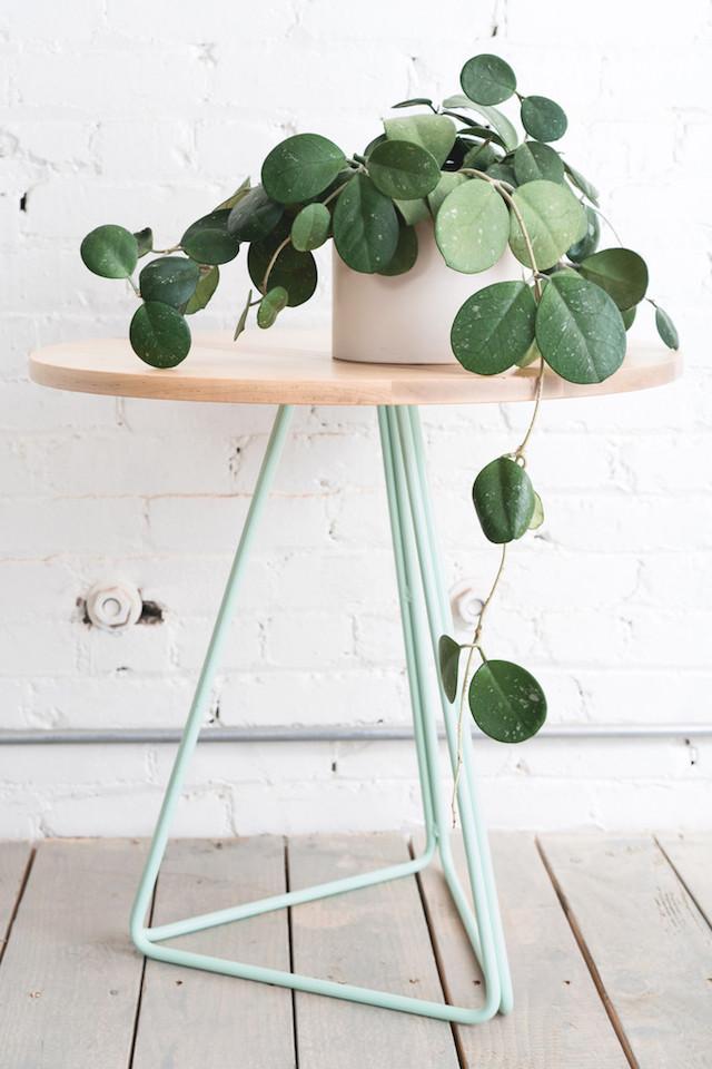 modern-planter-stands-9
