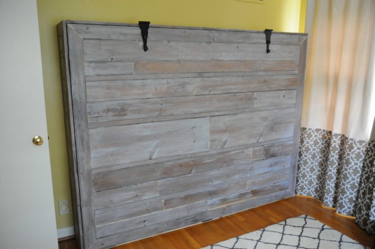 15+ DIY Murphy Beds To Save Space