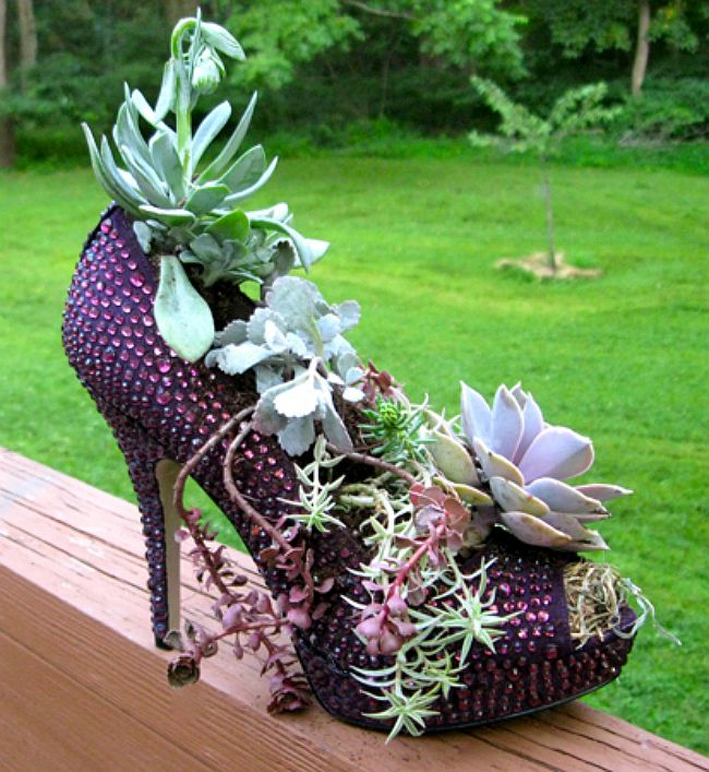 old shoes planter 8