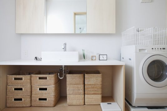 organized-bathroom-9