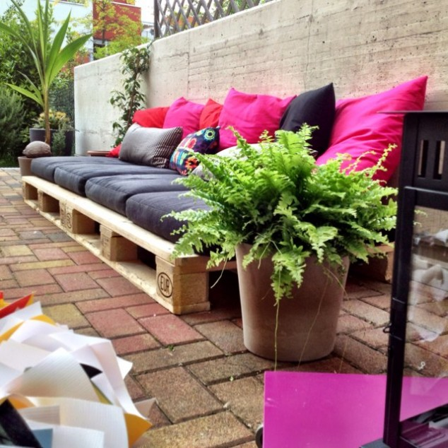10+ Adorable Seating Areas For Outdoors
