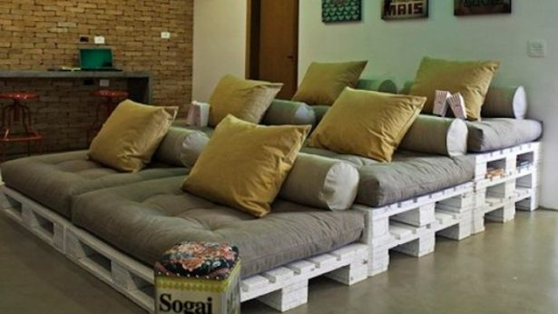 15+ Incredibly Clever Pallet Furniture Ideas