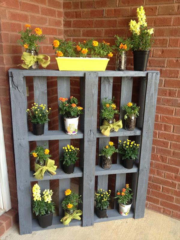 Awesome DIY Pallet Planters
