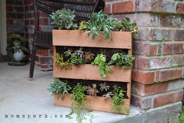 pallets-planters-3