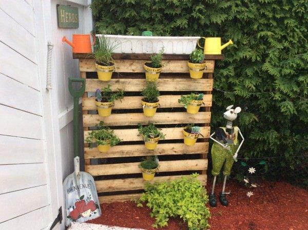 pallets-planters-9