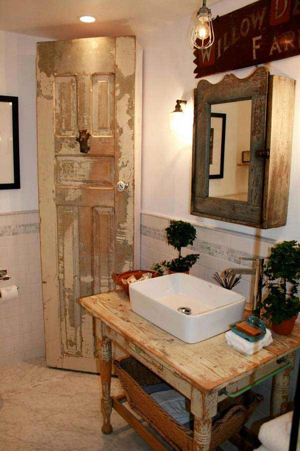 15 diy rustic bathroom decor ideas for Diy bathroom decor ideas
