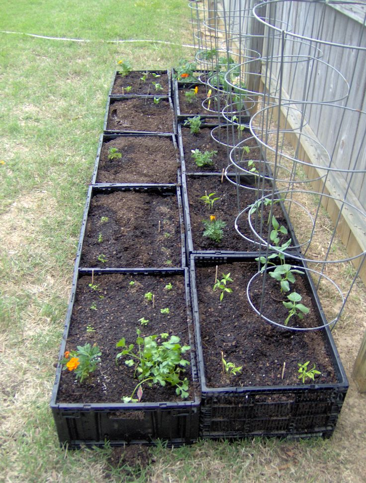 15+ DIY Uniquely Shaped Raised Bed Gardens