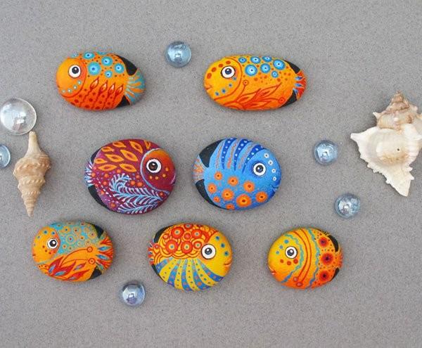 stone pebble crafts 10