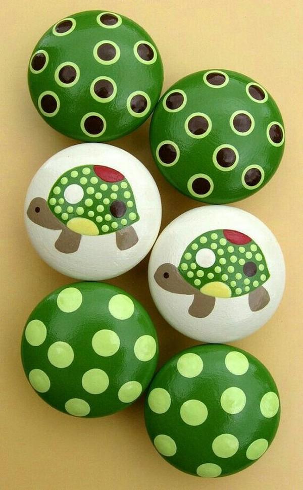 stone pebble crafts 15