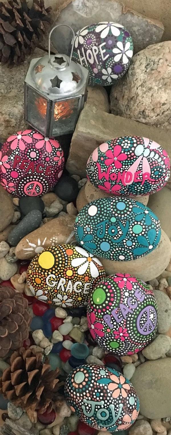 stone pebble crafts 2
