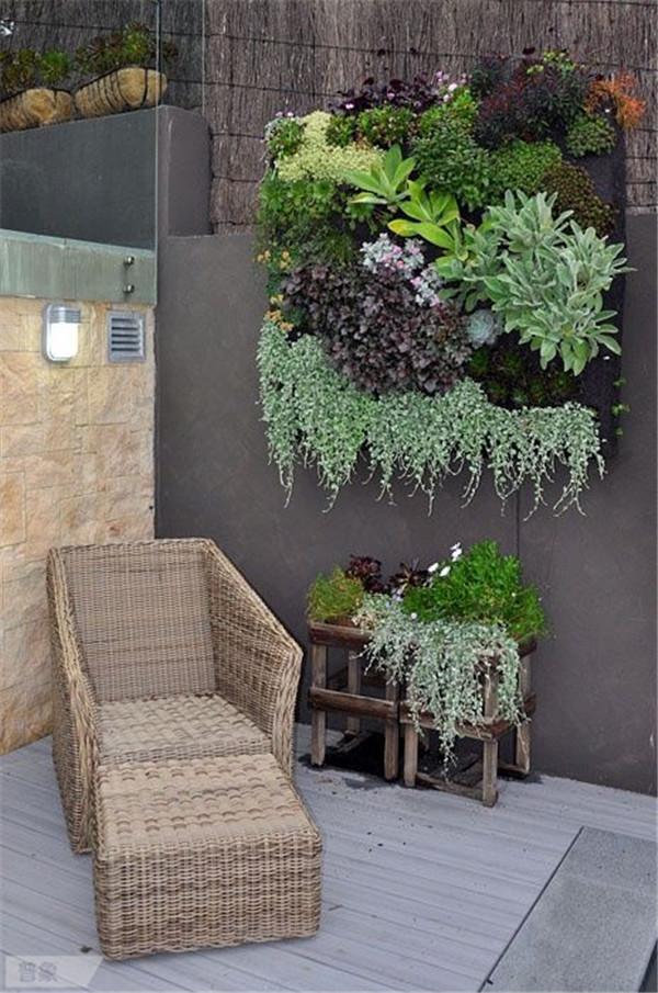 vertical-garden-balcony-15