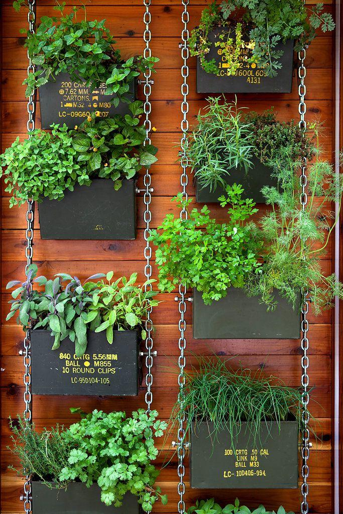 vertical-garden-balcony-17