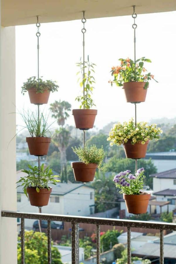 vertical-garden-balcony-2