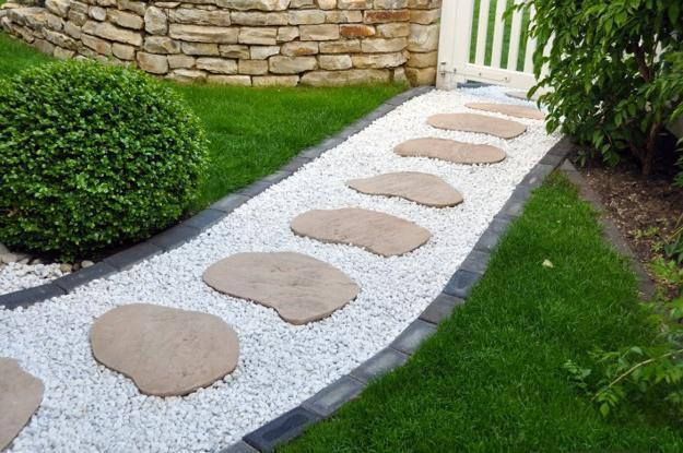white pebble walkways 1