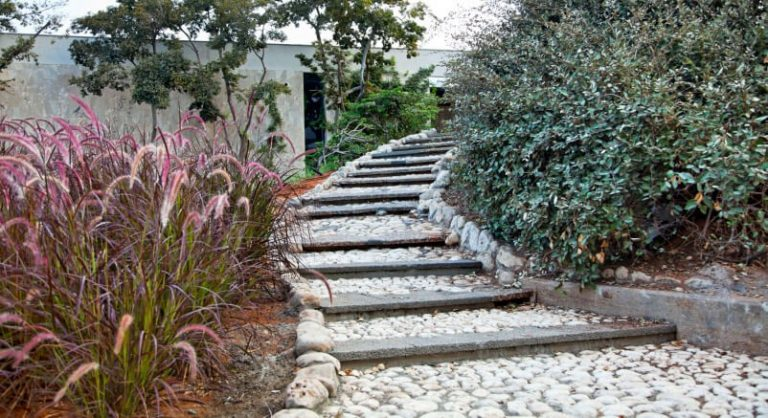 white pebble walkways 10