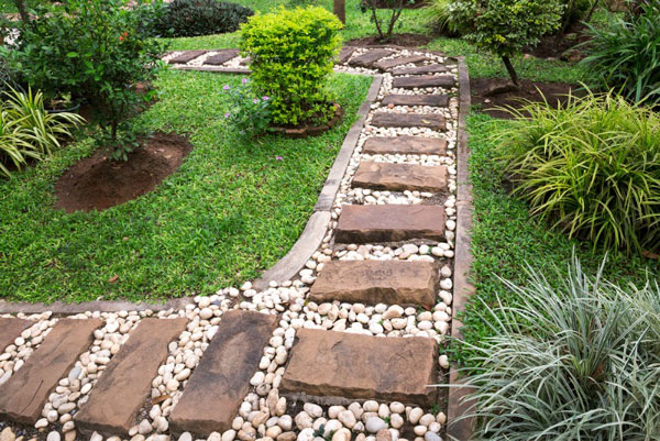 white pebble walkways 11