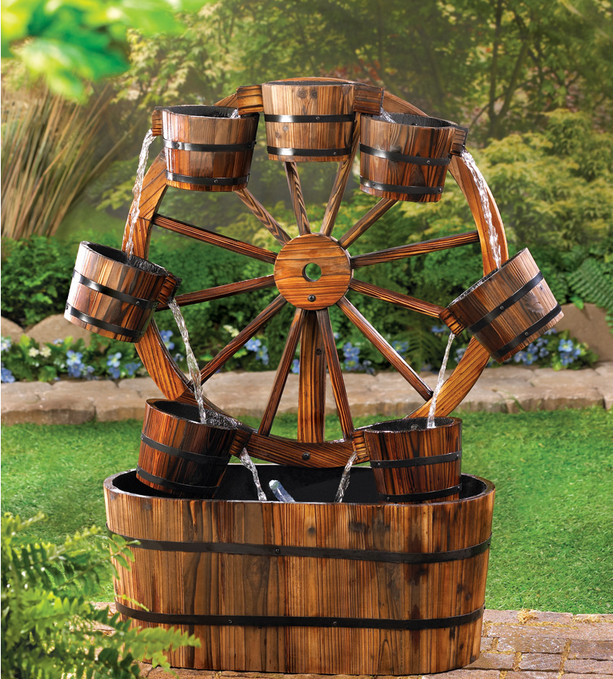 15+ Fantastic Wooden Garden Fountains